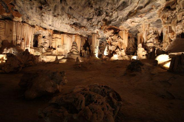 cango caves 3