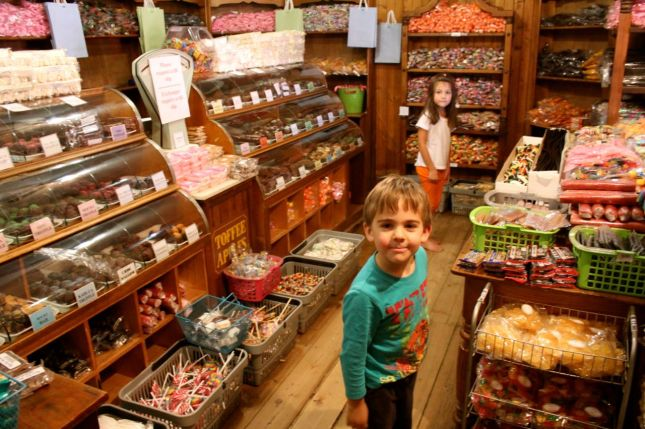Old fashioned sweet store inside the Old Transvaal Inn selling lots of hand-made sweets and chocs...