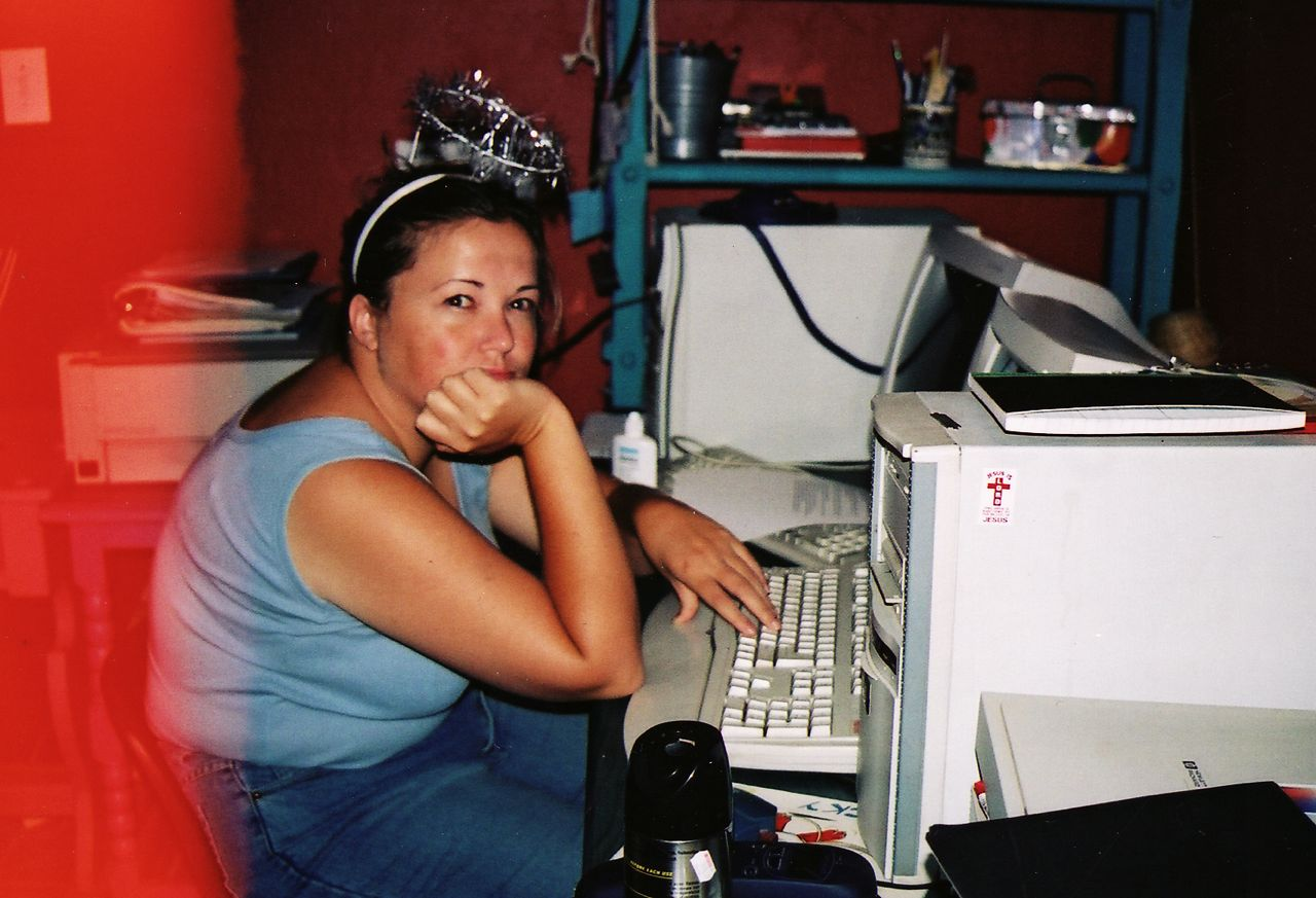 Graphic Design - the Freelance Years (this was taken in 2004 - before I got married to Nick... and before my business started exploding - and before the inevitable burn-out).