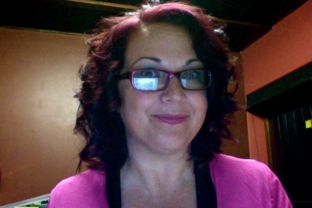 I like these curls! The hairdresser made them (unfortunately, I can't seem to replicate them!)