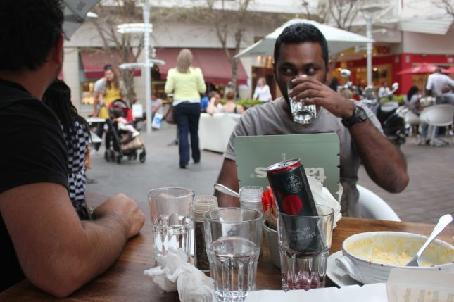 Prabu & Nick at Tashas in Rosebank...