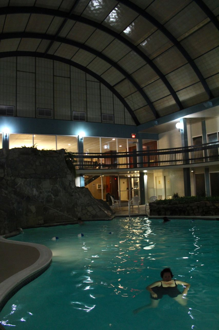 The heated pool in this hotel was… almost eerily… deep!