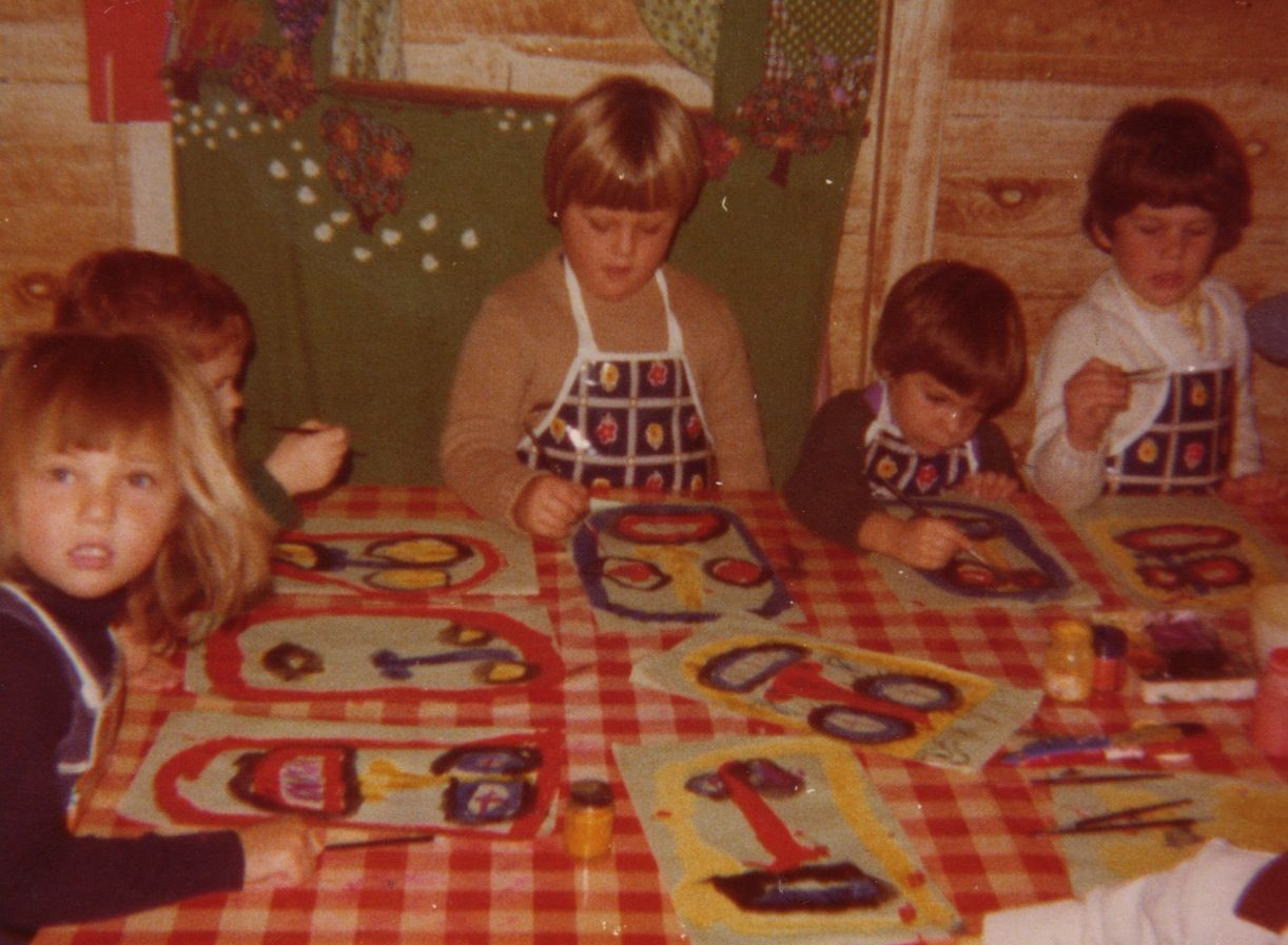 Another one of Mom's business ventures: a Play-Group at our home… and art lessons for kids (I'm on the left)...
