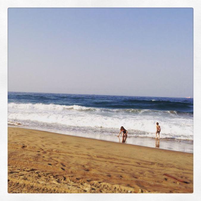 Happy kidlets on Durban beach...